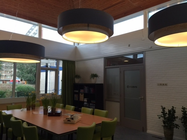plafondsysteem hanglamp dubbele kap kantine