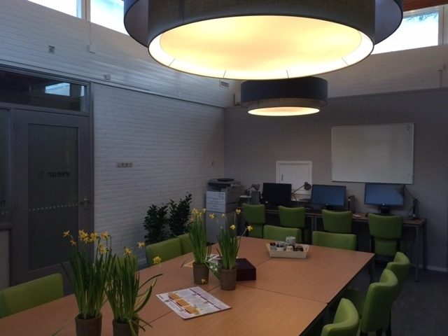 vergaderruimte lampen dubbele kap hanglamp