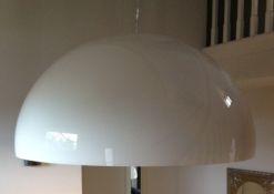 Witte-koepellamp_thumb Sterk in vloeren en verf - Koepellampen